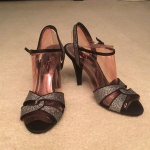 Size 8 Black Nina Dress shoes